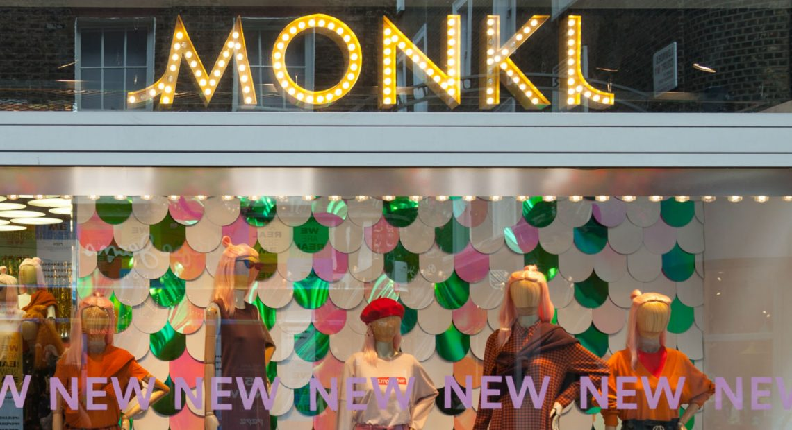 10 twinning summer looks from Monki that you and your bestie will love